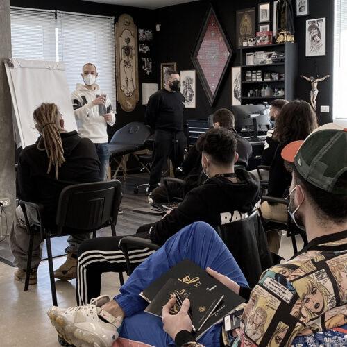 Macko Academy corso ASL in aula